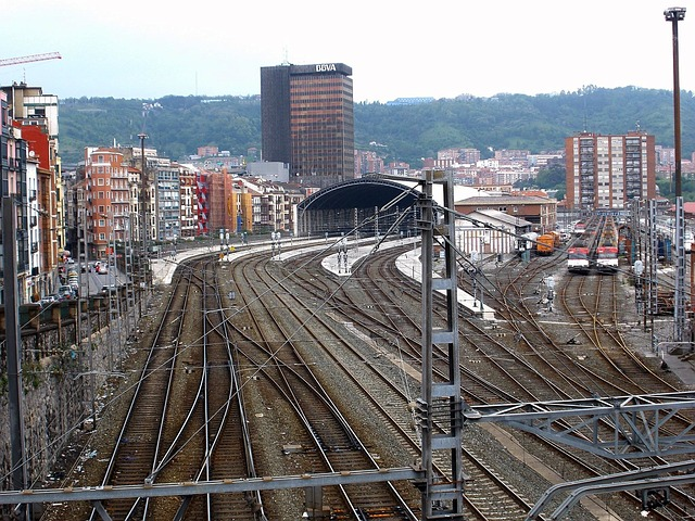 Railway in Bilbao, Spain.  Image by tpsdave via Pixabay.