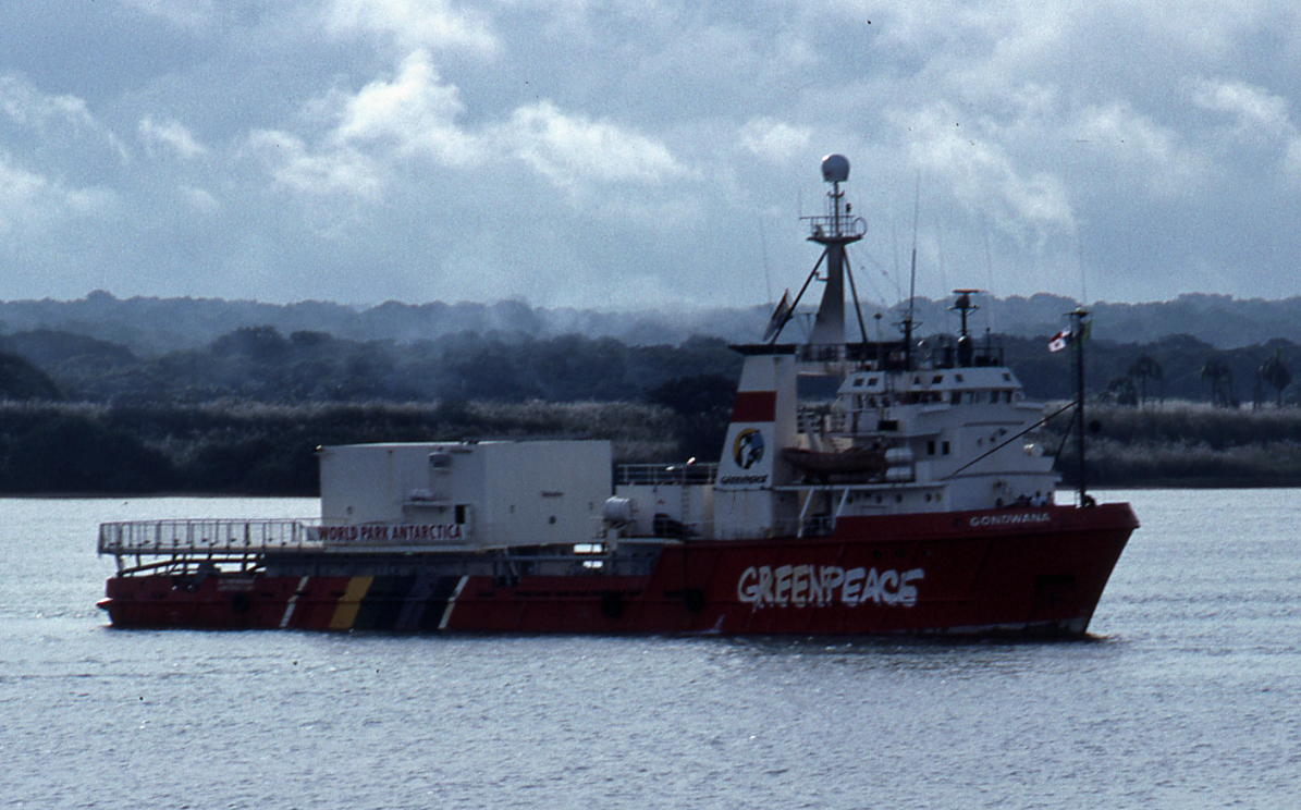 Greenpeace Ship Gondwana, 1990.