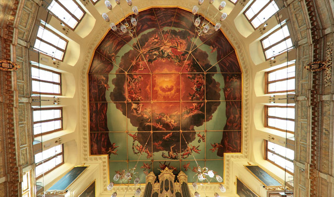 Sheldonian Theatre ceiling shows Truth descending upon the Arts and Sciences to expel ignorance from the University