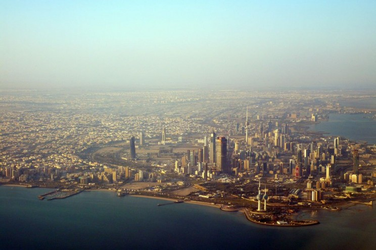 Image: 'Kuwait from above,' by Lindsay Silveira. CC-BY-ND-2.0 via Flickr.