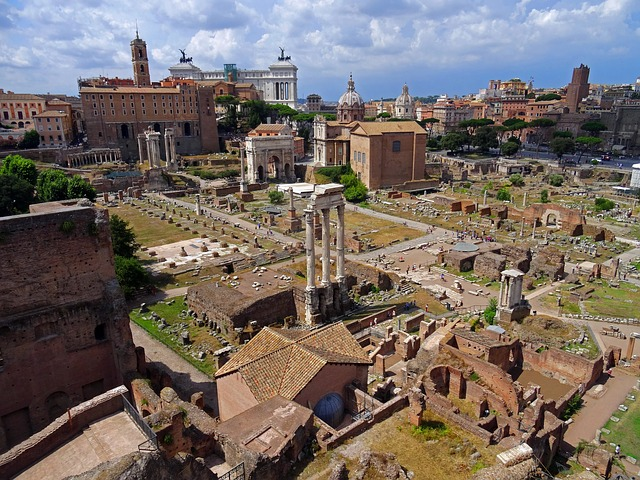 The Roman Forum, where the scandal and gossip which characterizes Martial would have been rife. Image Creative Commons via Pixabay.