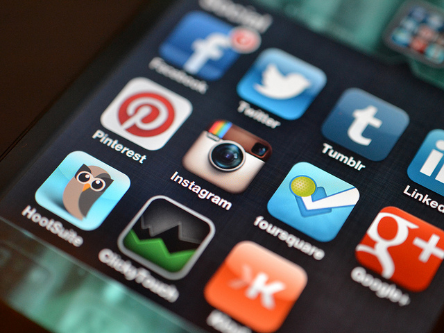 Instagram and other Social Media Apps by Jason Howle. CC-BY-2.0 via Flickr.