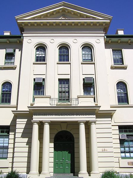 The_Victorian_College_of_The_Arts_in_St_Kilda_Road