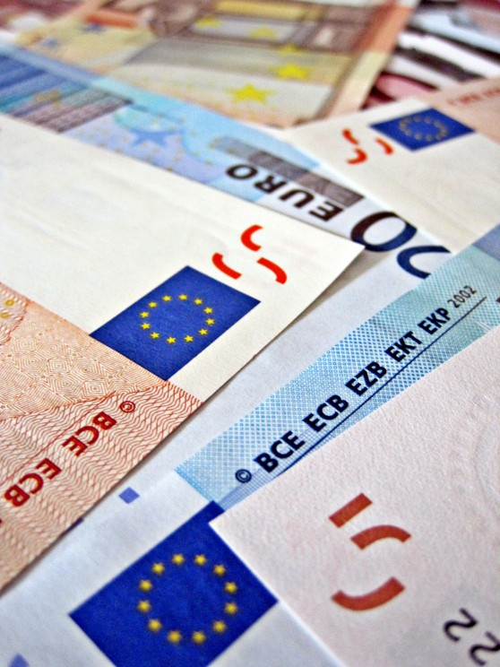 European Bills. Photo by Images_of_Money. CC BY-SA 2.0 via Images_of_Money Flickr.