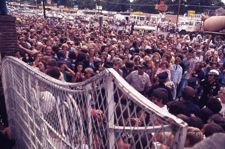 Image result for the gates of graceland on the day of elvis presley's death
