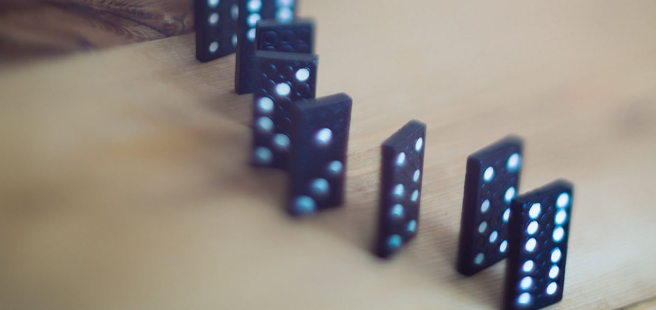 Physics Project Lab: How to create the domino effect | OUPblog