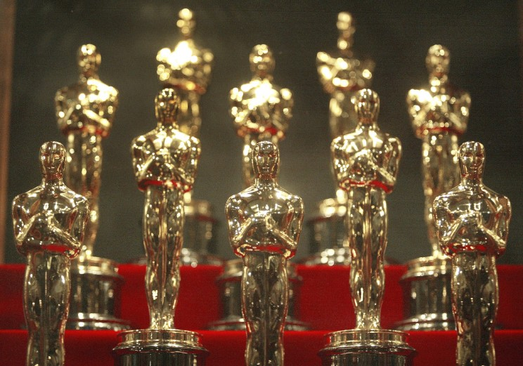 CHICAGO - JANUARY 23: Oscar statuettes are displayed during an unveiling of the 50 Oscar statuettes to be awarded at the 76th Academy Awards ceremony January 23, 2004 at the Museum of Science and Industry in Chicago, Illinois. The statuettes are made in Chicago by R.S. Owens and Company. (Photo by Tim Boyle) © EdStock via iStock.