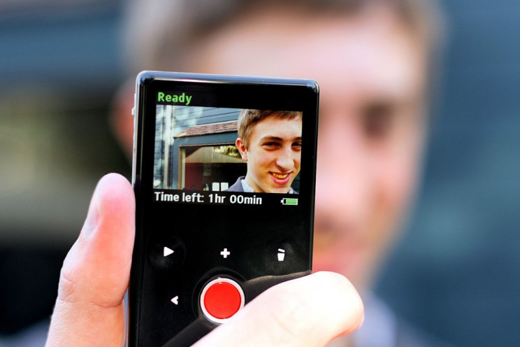 Flip Camera Display by Phil Roeder. CC BY 2.0 via Wikimedia Commons.