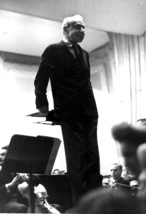 Serge Koussevitzky at Carnegie Hall, 1947. Library of Congress.