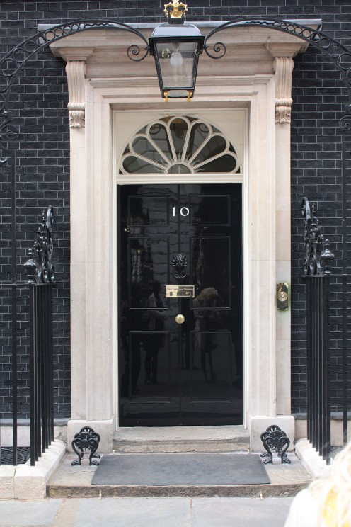 10 Downing Street door by robertsharp. CC BY 2.0 via Wikimedia Commons.