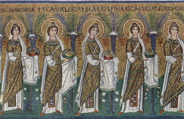 """Basilica of Sant'Apollinare Nuovo in Ravenna, Italy: """"Procession of the Holy Virgins and Martyrs"""". Mosaic of a Ravennate italian-byzantine workshop, completed within 526 AD by the so-called """"Master of Sant'Apollinare""""."""