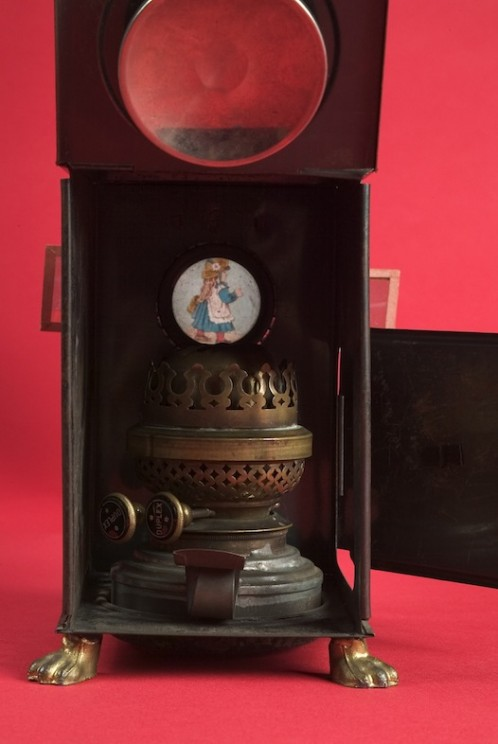 A view of the inside of the Magic Lantern by The Children's Museum of Indianapolis. CC BY-SA 3.0 via Wikimedia Commons.