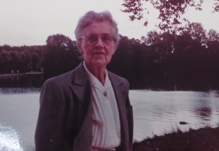 Nadia Boulanger, Fontainebleau 1964, Louise Talma Papers, Music Division, Library of Congress. Used with permission.