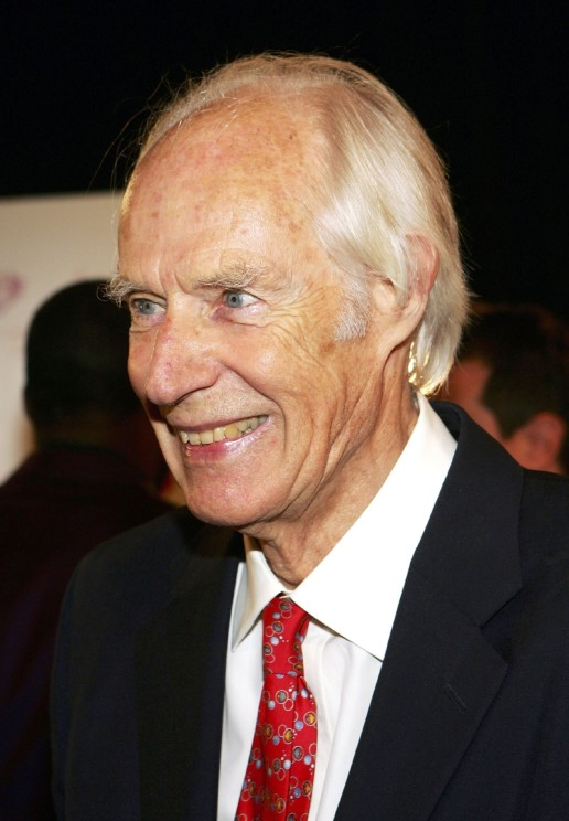 """LAS VEGAS - JUNE 30: Producer Sir George Martin, the original producer for the Beatles, arrives at the gala premiere of """"The Beatles LOVE by Cirque du Soleil"""" at the Mirage Hotel & Casino June 30, 2006 in Las Vegas, Nevada.  (Photo by Ethan Miller/Getty Images)"""