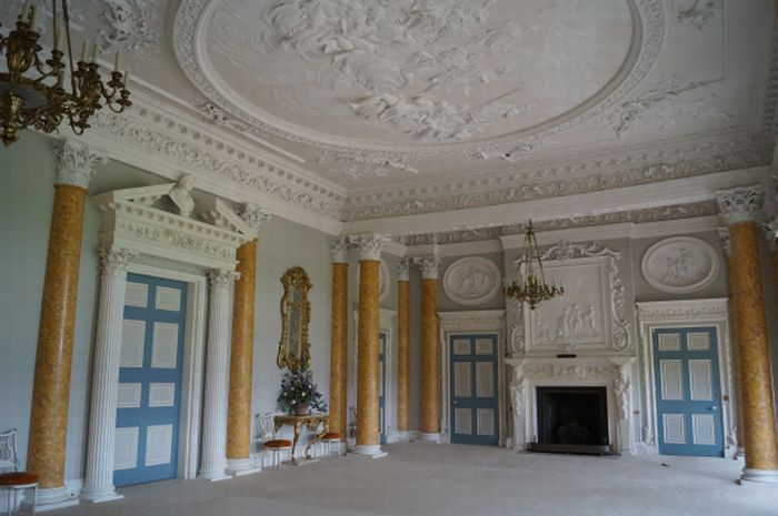 The Great Hall, Stoneleigh Abbey, 1760s. Photo by Jon Stobart. Used with permission.