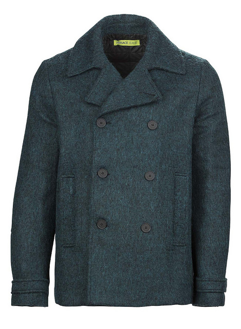 This a a pea jacket, or a pea coat. Its name has nothing to do with peas, and pie, which at one time preceded pea in it, has nothing to do with magpie any other pie.