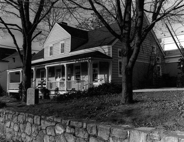 """""""Bernardsville Library 2"""" photo by Pat Kennedy-Grant. Used with permission."""