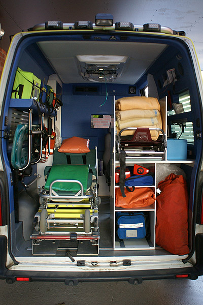 Make sure you familiarize yourself with everything you have at your disposable. Image credit: Ambulans, inuti, Renault Master, Stockholm by Stefan Lindström