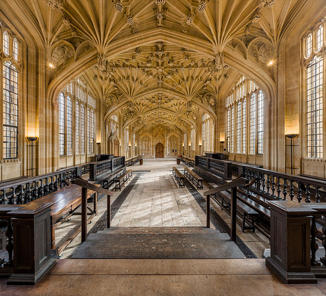 Divinity_School_Interior_2,_Bodleian_Library,_Oxford,_UK_-_Diliff